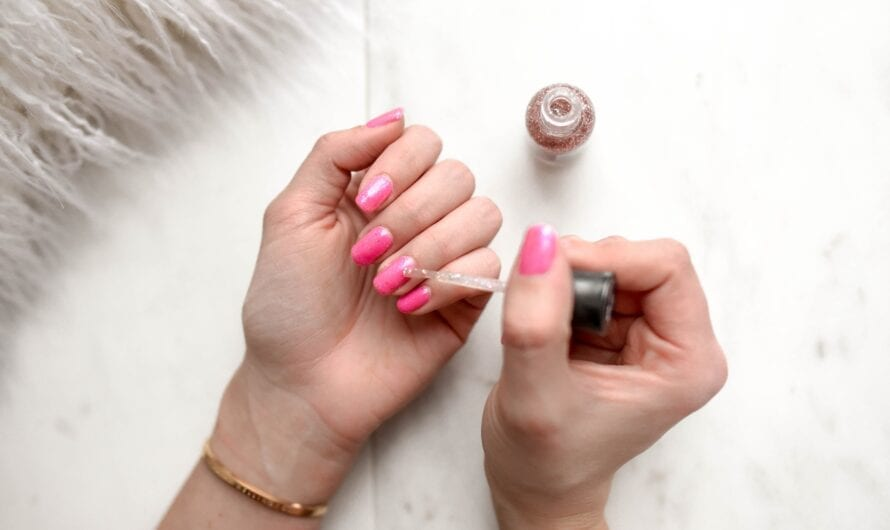 How to Get a Salon-Quality Manicure Done at Home?